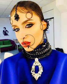 """7,947 aprecieri, 70 comentarii - Iuliana-Bravo ai stil (@iulianadoroftei) pe Instagram: """"Multumesc @triaalfa pentru accesoriile deosebite. Fara ele cu siguranta nu as fi avut un look…"""""""