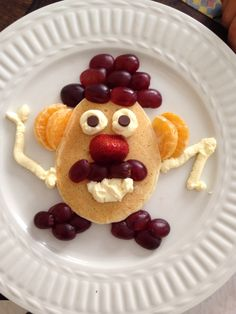 Fun with food Food Art For Kids, Fun Snacks For Kids, Kid Snacks, Cute Food, Good Food, Yummy Food, Breakfast For Kids, Best Breakfast, Birthday Breakfast