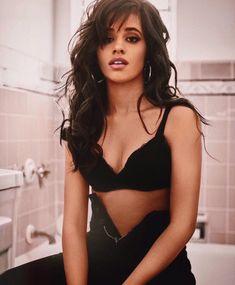 Camila Cabello for Guess Beautiful Celebrities, Beautiful Women, Fangirl, Cabello Hair, Camila And Lauren, Famous Women, Woman Crush, Havana, Girl Crushes