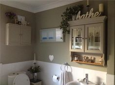 Welcome to a Paint Colour Case Study on Farrow and Ball French Gray (still tempted to spell it French Grey! Farrow and Ball French. Farrow And Ball Paint, Farrow Ball, Bad Inspiration, Bathroom Inspiration, Best Color Schemes, Modern Country Style, Diy Bathroom Decor, Kitchen Decor, Bathroom Ideas