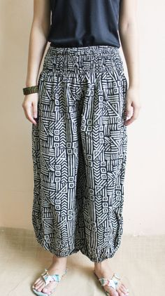 Traditional Stone Black and White  Jinny Pants ,Harem Pants,Wide Leg Pants , One size fit all.. $25,00, via Etsy.