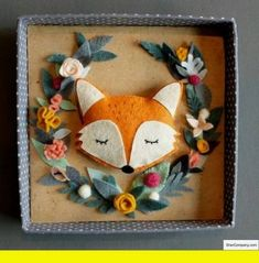 Simple DIY felt crafts, felt craft patterns and no sewing crafts with felt. Fox Crafts, Felt Crafts Diy, Fabric Crafts, Sewing Crafts, Crafts For Kids, Paper Crafts, Felt Crafts Patterns, Felt Fox, Felt Pictures