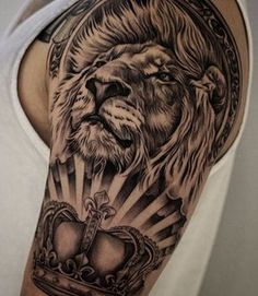 "1,053 Likes, 17 Comments - Lion Tattoos (@liontattoos) on Instagram: ""@chriscrooked @mll1 @liontattoos #liontattoos #lionttatoo #tattoo #tattoos"""