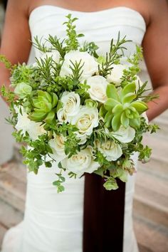 succulent wedding ideas | Gotta love succulents!
