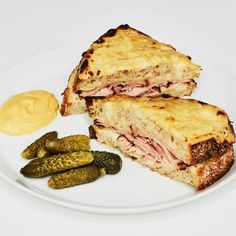 Baked Sandwiches, Wrap Sandwiches, Sandwich Recipes, Wedding Sandwiches, Rolled Sandwiches, Most Popular Recipes, Favorite Recipes, Bechamel Sauce, Ham And Cheese