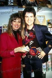 Rock-n-roll Donny & Debbie!