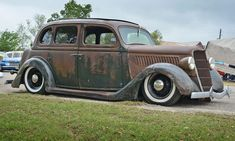 Sedans, Lonely, Hot Rods, Antique Cars, Kid, Vehicles, Vintage Cars, Child, Limo