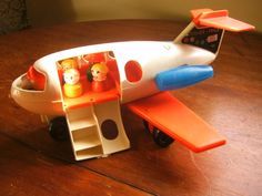 "Fisher-Price Little People Fun Jet. I'm glad we saved the ones our kids had for the day I will be an ""Oma. My Childhood Memories, Childhood Toys, Sweet Memories, Fisher Price Toys, Vintage Fisher Price, Retro Toys, Vintage Toys, Toys R Us Kids, People Having Fun"