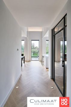 44 Modern Home Design Ideas With Two Floors To Try - The flooring can either accentuate or downgrade the beauty of a home. A poor choice of the type and design of flooring can conflict with the interior . Interior Design Minimalist, Home Interior Design, Interior Ideas, Wooden Flooring, Kitchen Flooring, Hallway Flooring, Kitchen Walls, Parquet Flooring, Flooring Ideas
