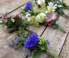 bristol-wedding-flowers-buttonholes