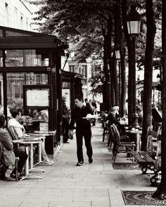 Dinner is Served  LOCATION: Paris, France