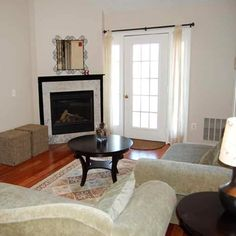 Temporary Furnished 2 Bedroom/2 Bathroom Condo in Annapolis: This Bestgate Road area condo has hardwood floors, gas cooking, a washer/dryer and granite counters, and a full size home office with executive desk AND bonus loft area. The condo is also located adjacent to major commuter routes.