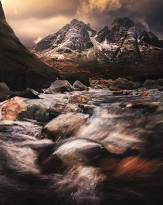 Bla Bheinn (Blaven) on the Isle of Skye, Scotland Road Trip Uk, Scotland Landscape, Skye Scotland, World Images, To Infinity And Beyond, Places Around The World, Landscape Photos, Nature Photos, The Great Outdoors