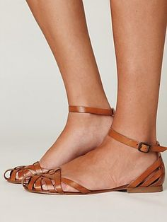 Just bought shoes that look exactly like these... Clearance @ALDO Shoes.com... Comfy cheap and cute!