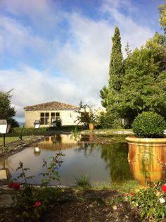 Le Parc et le bassin du Mas d'entremont à Aix en Provence Aix En Provence, Hotel Website, Parcs, Grand Hotel, Hotel Reviews, Great Deals, Best Hotels, Trip Advisor, Exterior