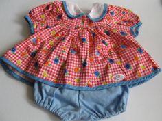 Kleidung-fuer-Baby-Born-Puppen-Buntes-Kleid-mit-Shorts