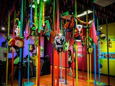 carnaval de barranquilla fiesta tematica - Buscar con Google Ines Garcia, Brazil Carnival, Ideas Para Fiestas, School Decorations, Homecoming, Reception, Halloween, Outdoor Decor, Sandrinha