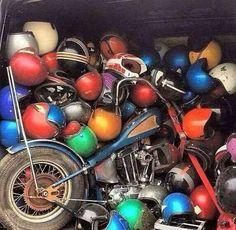 Best Harley Davidson bobber pics Old school - Japan style Bobber Bikes, Cafe Racer Motorcycle, Motorcycle Helmets, Harley Bobber, Bobber Chopper, Bob Weave, Helmet Head, Watery Eyes, Garage