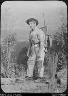 Lindt, J.W. (John William), 1845-1926. Studio portrait of a swagman, Melbourne, Victoria, ca. 1887 [transparency]