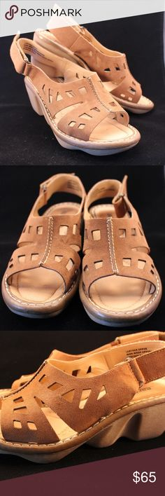 Earth Stargazer leather wedge Sandals 9m NIB New in box Earth Brand Stargazer size 9.  Leather upper Earth  Shoes Sandals