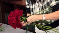 A great video with instructions on how to Arrange A Rose Bridal Bouquet -Diana Ryan