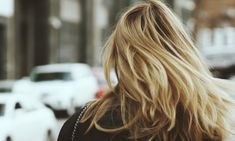 How To Look After Your Fine Hair This Winter - Blonde Balayage - The Style Parcel Balayage Highlights, Balayage Hair, Apple Cider Vinegar For Hair, Vinegar Hair, How To Lighten Hair, Pelo Natural, Natural Oils, Dry Scalp, Dry Shampoo