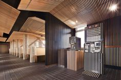 Niseko Lookout Café | Restaurantrestaurant / Bar | Works | design spirits co.,ltd. - wood louvers