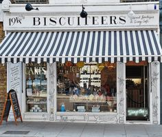 Biscuiteers, Boutique and Cafe, London Store Concept, Café Bar, Lokal, Lovely Shop, Cafe Shop, Shop Fronts, Shop Around, Restaurant Design, Bakery Design