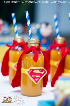 No matter which superhero your boys love, these Batman vs. Superman party ideas will have you planning an awesome party with both caped crusaders! With ideas for Batman vs. Superman cookies and cakes and superhero Superman Birthday Party, Batman Party, Birthday Party Themes, Avengers Birthday, 4th Birthday, Birthday Ideas, Anniversaire Wonder Woman, Avenger Party, Kreative Desserts