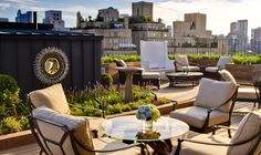15 Enchanting and Whimsical Roof Garden Landscape Designs