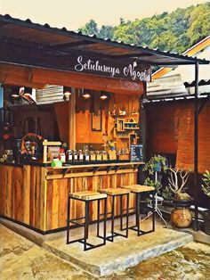 Kami mendirikan sebuah warung kopi rumahan yg terbangun di tengah perkampungan,dengan bahan yg kami beli apa adanya lalu kami finishing sendiri ..