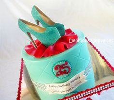 Is it bad that I want this cake w/ REAL shoes!!!?????