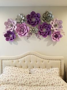 White And Silver Bedroom, Silver Bedroom Decor, Silver Room, White Gold, Flower Room, Paper Flower Wall, 3d Flower Wall Decor, Paper Wall Decor, Purple Bedrooms