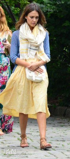 Jessica Alba (January 2013 - July 2014) - Page 62 - the Fashion Spot