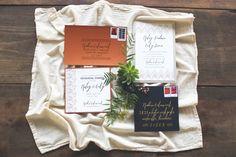 Great use of metallics for an invitation suite Cedarwood Weddings Style Inspiration :: Native Bohemian Estilo Indie, Wedding Designs, Wedding Styles, Wedding Day Tips, Wedding Ideas, Paris Design, Wedding Inspiration, Style Inspiration, Wedding Stationary