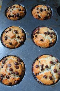 Eggless Chocolate Chip Muffins Recipe / Choco Chip Muffins Recipe - Yummy Tummy Eggless Recipes, Eggless Baking, Cooking Recipes, Diet Recipes, Veggie Recipes, Cake Recipes, Dessert Recipes, Desserts, Chocolate Chip Muffins