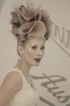 Fantasy hair . Noora. T Fantasy Hair, Hairstyles, Crown, Pretty, Jewelry, Fashion, Haircuts, Moda, Hairdos