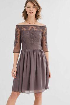 Esprit / Schouderloze jurk van tule met borduursel
