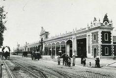 Una foto de los antiguos tinglados que había en la Barceloneta, a lo largo del actual Passeig Joan de Borbó.- SkyscraperCity, page=206