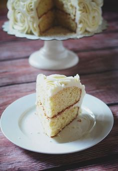 Orange Vanilla Wedding Cake from @Susan Leipziger (Culinary Concoctions by Peabody)