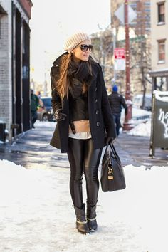 Winter Style // A cool all-black winter outfit inspiration.