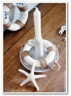 Was wäre ein echtes Strandflair ohne einen Rettungsring? Die kann man in allen möglichen Größen wunderbar selbst basteln. Bei uns wer...