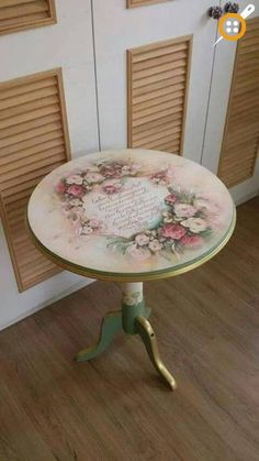 AMP Ana Sayfa - Ahşap boyama fiskos sehpa modelleri The Effective Pictures We Offer You About diy - Decoupage Furniture, Hand Painted Furniture, Paint Furniture, Shabby Chic Furniture, Table Furniture, Furniture Makeover, Furniture Ideas, Decoupage Vintage, Shabby Vintage