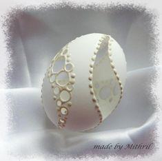 Fler BLOG | Mithril-art / Jak se rodí kraslice Egg Shell Art, Carved Eggs, Faberge Eggs, Egg Art, Egg Decorating, Egg Shells, Easter Eggs, Decoupage, Merry