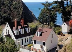 Coast Guard House ~ a Mendocino Coast Bed and Breakfast Inn, half way between Gualala to the south and Mendocino to the north. This California north coast historic hotel offers separate cottages with fireplaces and whirlpool