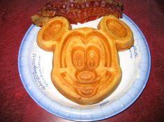 Did you know you can request your favorite recipes from Disney Resorts! This page listed of them with photos and directions! This is my kids favorite food item at Disney. Walt Disney, Disney Food, Disney Recipes, Disney Stuff, Good Food, Yummy Food, Disney Resorts, All I Ever Wanted, Disney Dining