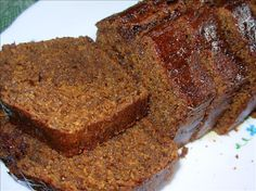 Easy Old Fashioned English Sticky Gingerbread Loaf - also wonderful served as a pudding, warm with custard or cream, delicious! Oh yes, as it only contains 2 ounces of fat, it is low fat as well as very tasty! Loaf Recipes, Baking Recipes, Cake Recipes, Welsh Recipes, English Recipes, Fodmap Recipes, Baking Ideas, Yummy Recipes, Gingerbread Loaf Recipe