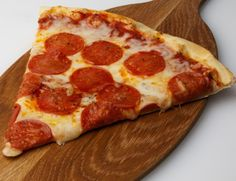 Receta de pizza pepperoni