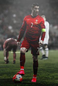 cristiano ronaldo is mijn favoriete voetballer en voorbeeld
