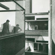 Richards Medical Research Building, University of Pennsylvania. Philadelphia. 1957-61. Louis Kahn.